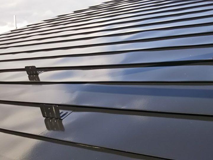 鋼板屋根鋼板屋根