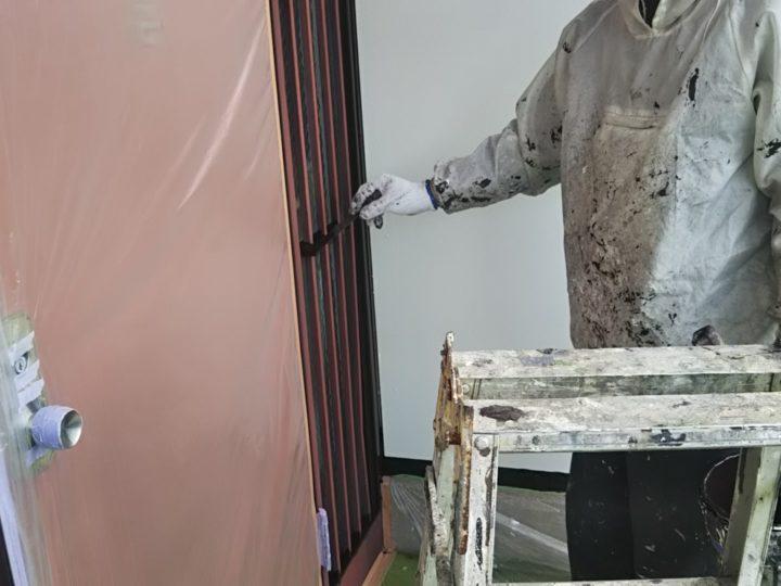 玄関回り塗装