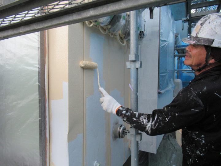 外壁中塗りローラー