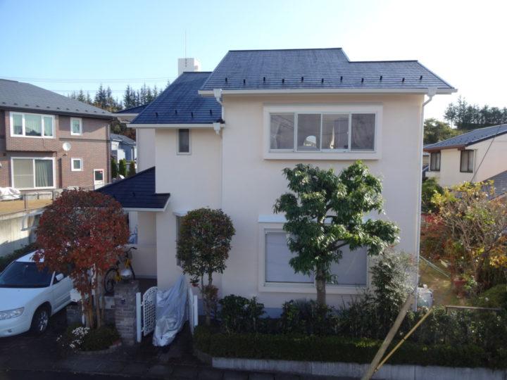 利府町で屋根と外壁の塗装工事をしました。