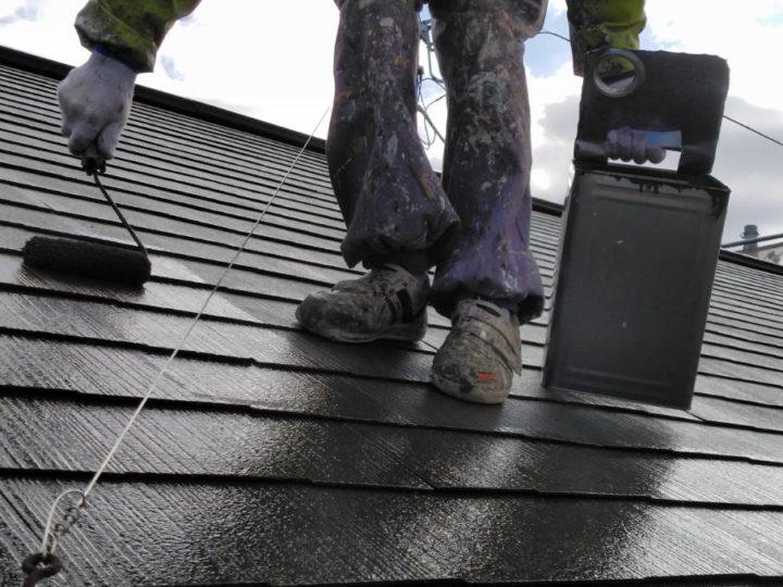 宮城県柴田郡柴田町で屋根コロニアルの塗装 汚れが落ちる